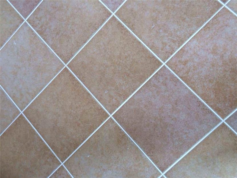 white ceramic tile sealant
